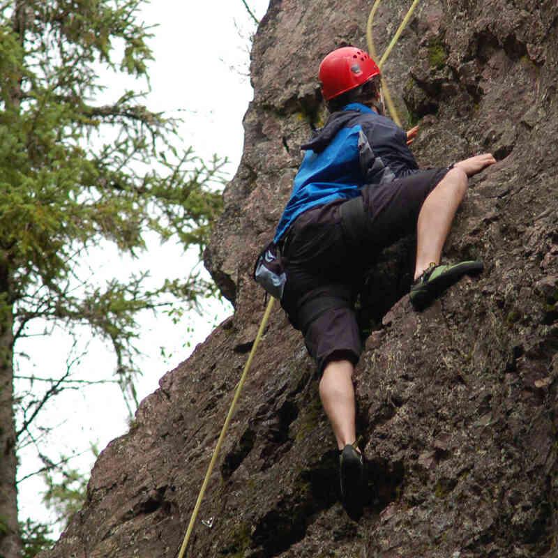 Kletterer am Fels