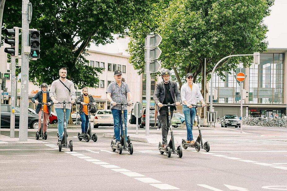 Mit E-Scootern schnell einen neuen Ort entdecken